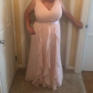 Blush / pink Vera wang David's bridal dress